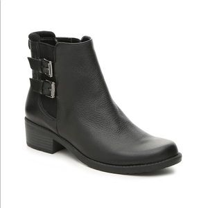 NEW Ann Klein Black leather ankle boots 8